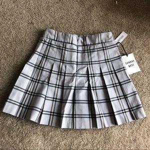 Dresses & Skirts - Aritzia Sunday Best Olive Skirt